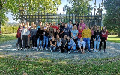 Devetošolci na sprehodu okoli sveta