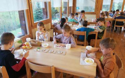 Tradicionalni slovenski zajtrk pod Donačko goro